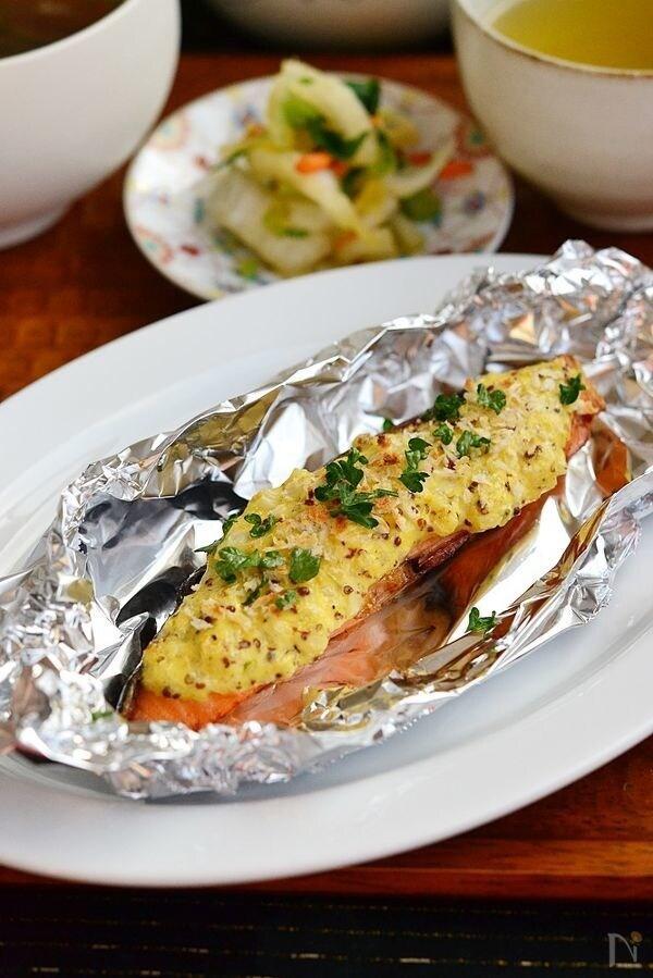 粒マスタードソース鮭のグリル焼き