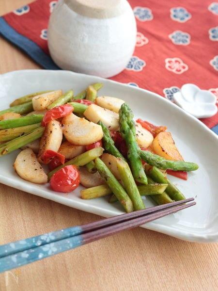2. アスパラガスと長芋トマトのさっぱり炒め