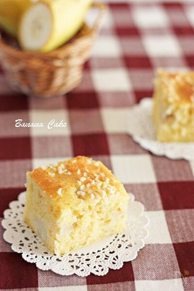 優しい味のバナナケーキ
