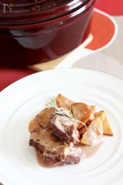 ストウブ鍋☆鶏もも肉の赤ワイン煮