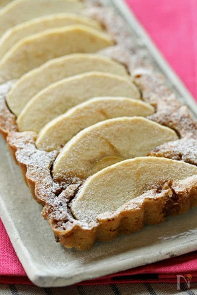 りんごのアーモンドケーキ
