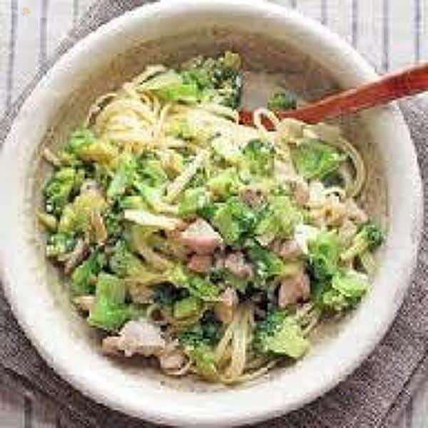 ブロッコリーと鶏肉の塩麹リングイーネ