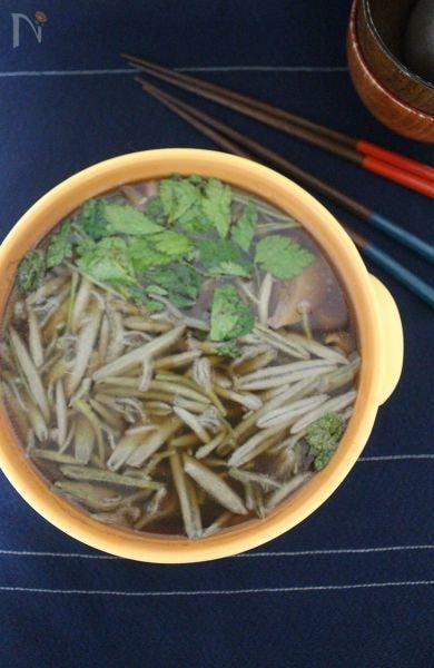 夏の味覚 じゅんさい鍋。
