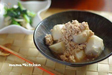 ほっくり里芋と鶏そぼろの中華風