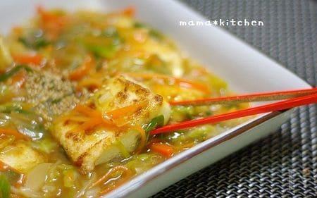 揚げ豆腐の中華風野菜あんかけ