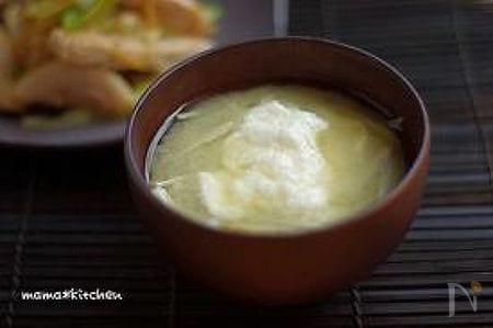 牛蒡とえのきのとろろ味噌汁