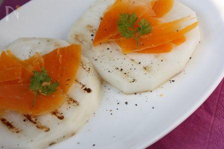 ピーチカブのグリル焼き・ミモレットチーズ添え
