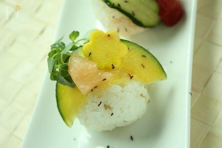 「かぼっコリー」の手まり寿司