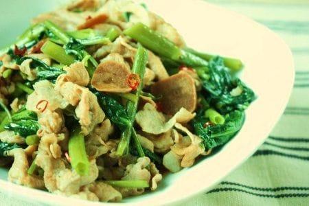 夏バテ予防に☆豚肉と空芯菜の炒めもの