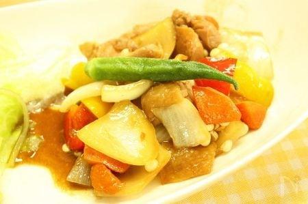 夏野菜たっぷり黒酢鶏