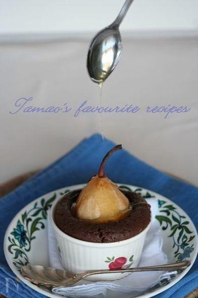 洋梨のチョコレートケーキ