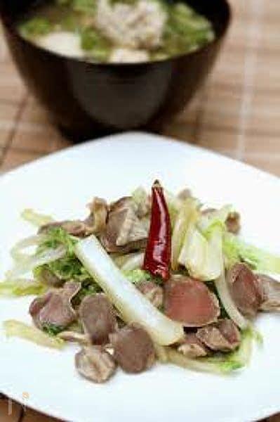 【白菜と砂肝のにんにく炒め】