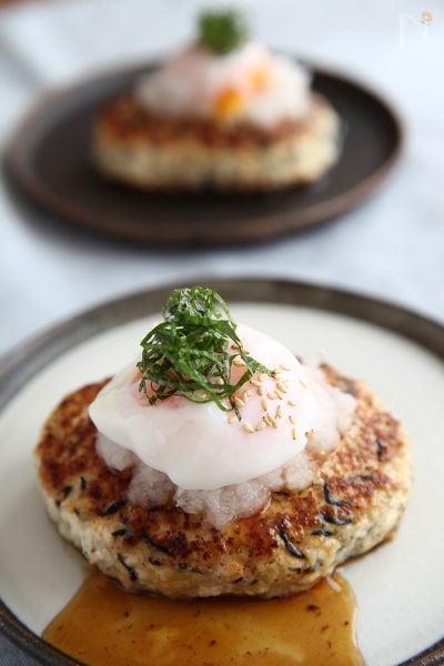 1. 温玉のせ豆腐バーグ