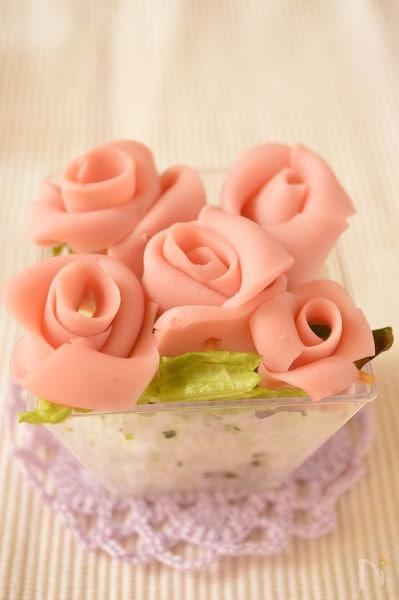 バラのごはんケーキ