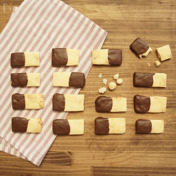 さっくりマカダミアチョコクッキー