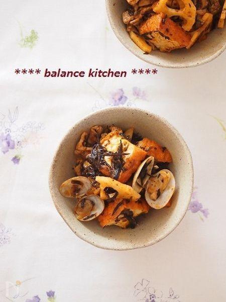 鉄分たっぷり常備菜。ひじき入り厚揚げとあさりのトマト煮