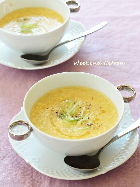 コーンとたまごの中華スープ