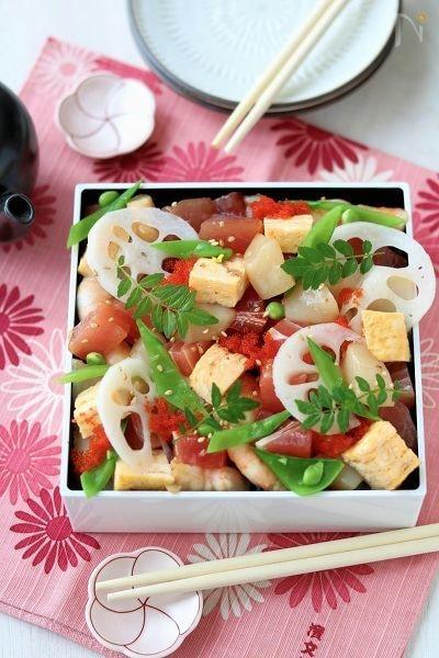 ごま油香る、海鮮ばらちらし寿司。
