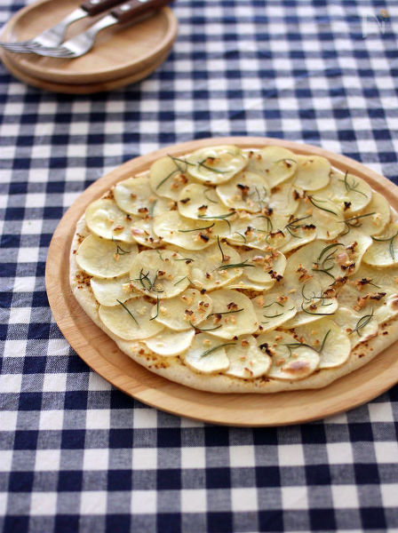 発酵なし&チーズなし♪じゃがいもの粒マスタードピザ