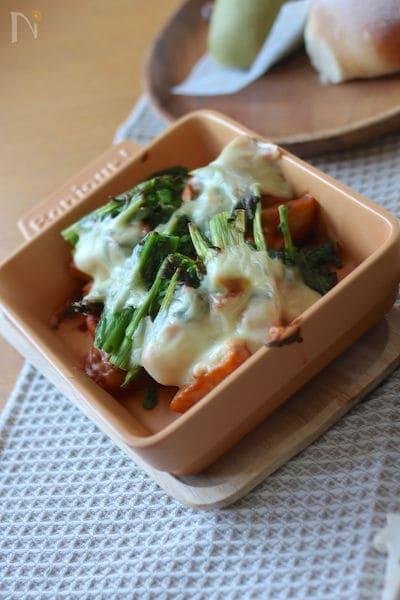 えびと里芋と菜の花のトマトクリームグラタン