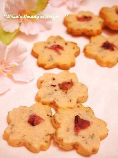 ほんのり塩味♪桜クッキー。