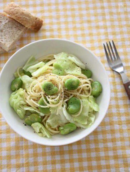 そら豆とキャベツのグリーンパスタ