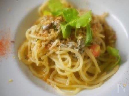 シラスのスパゲッティ レモン風味