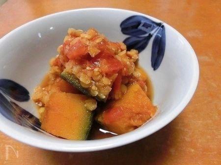 南瓜とレンズ豆のトマト煮