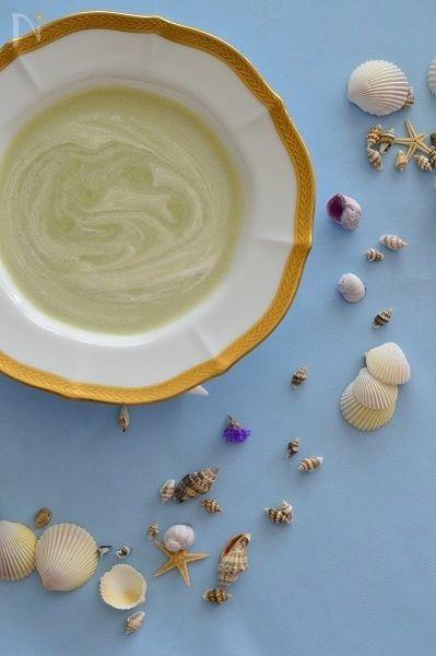 そら豆の冷製クリームスープ
