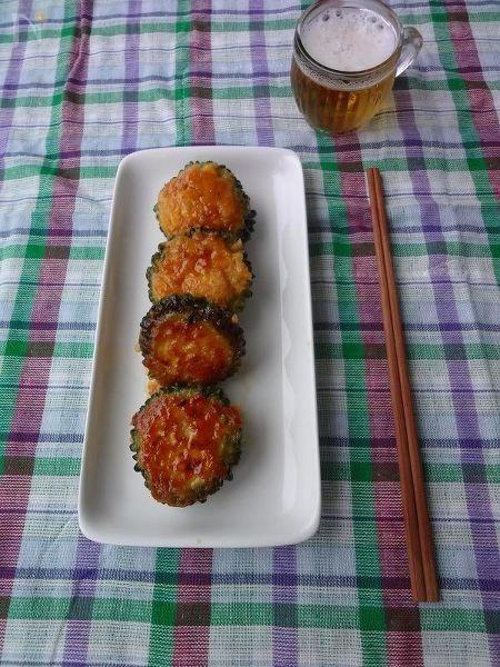 豆腐入りゴーヤの照り焼きハンバーグ