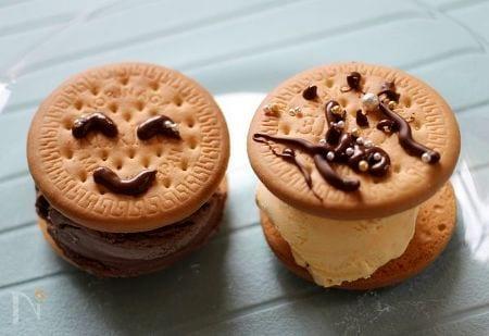 笑うアイスクリーム