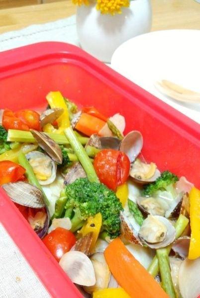 カラフル野菜のアクアパッツァ