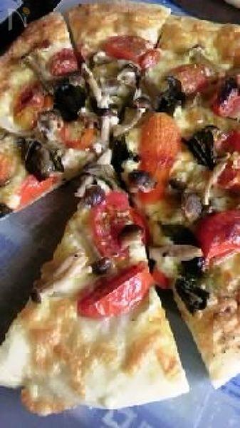 秋を感じる ピザ