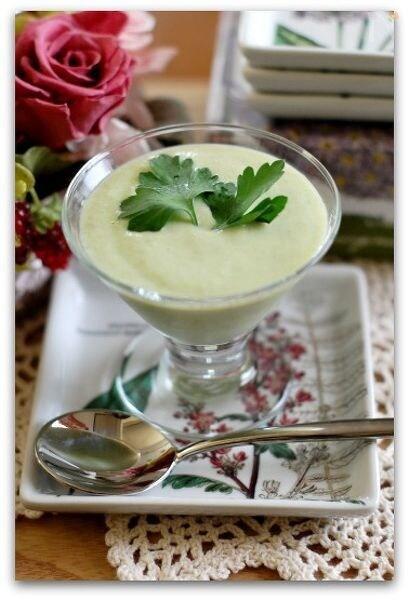 空豆の食べる冷製豆乳スープ