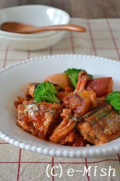 さんまと秋野菜のトマト煮込み