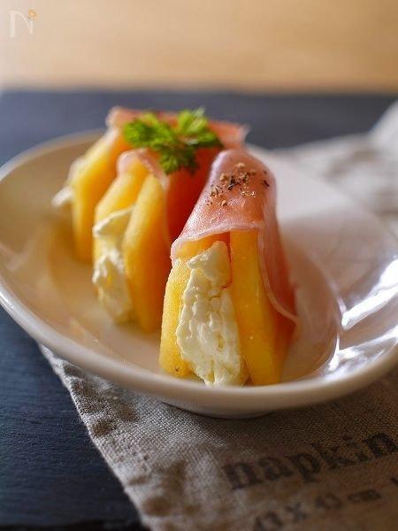 柿とクリームチーズの生ハム包み