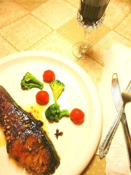クローブとバルサミコ酢で鰤の赤ワイン照り焼き