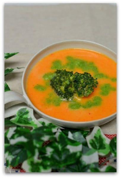パプリカとブロッコリーのスープ