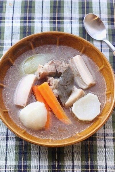 塩豚と根菜のジンジャーポトフ