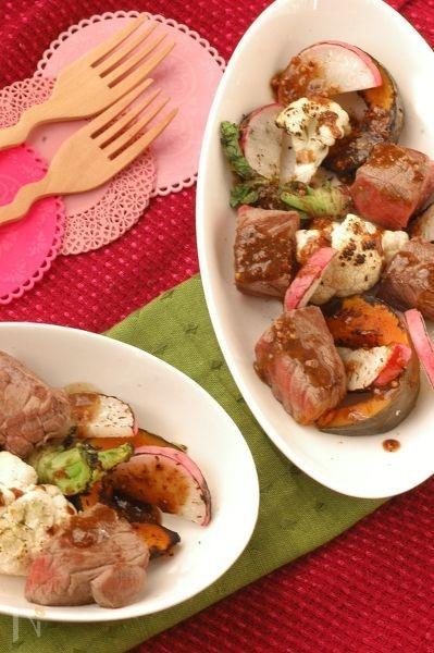 牛肉の一口ステーキと焼き野菜