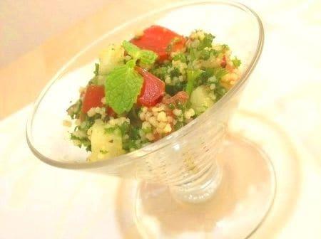 野菜いっぱいのタブーレ(パセリのクスクスサラダ)