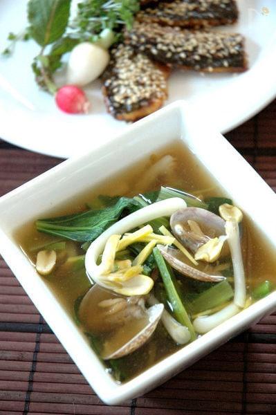 あさりと小松菜のポカポカ生姜スープ。