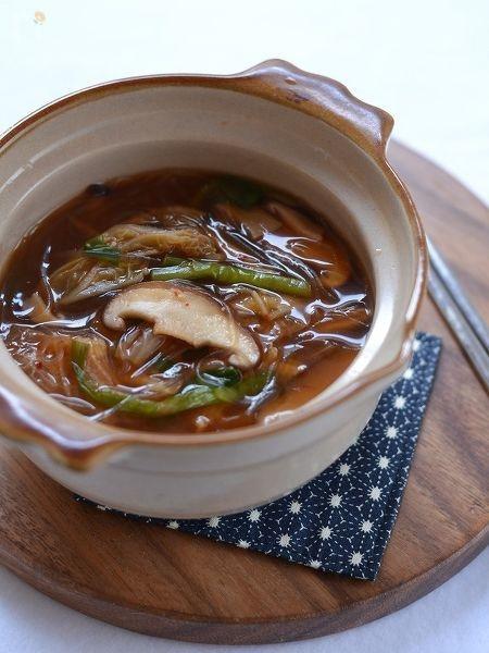 キノコと春雨の辛味噌スープ