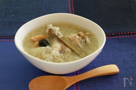圧力鍋で!手羽元で作る簡単参鶏湯(サムゲタン)