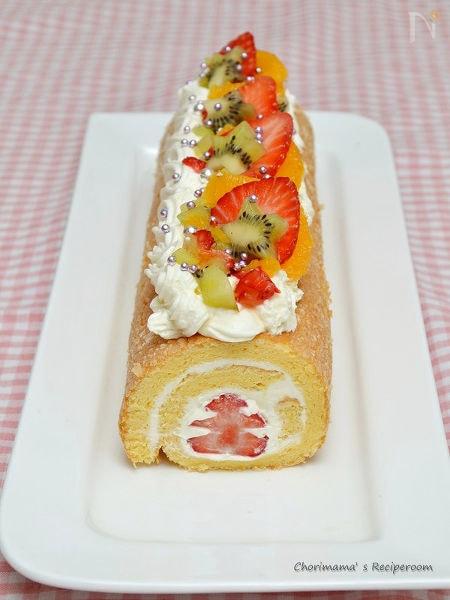 ブッセ風フルーツロールケーキ