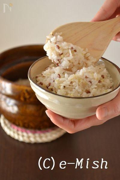 土鍋で炊いた雑穀ごはん
