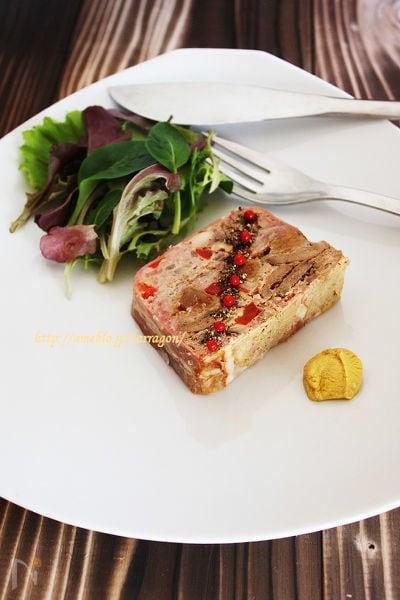 無花果と茸とパプリカのパテドカンパーニュ