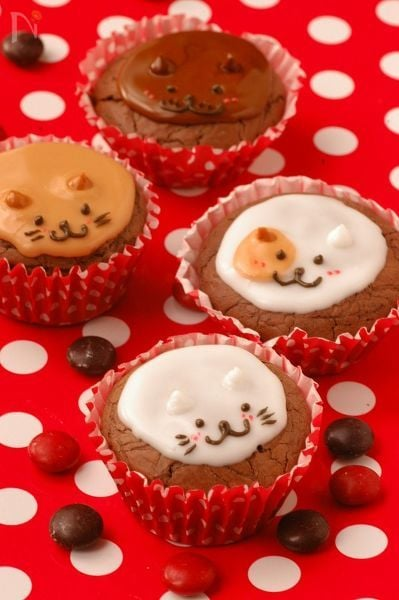 リッチチョコカップケーキ♥わんにゃんデコレーション