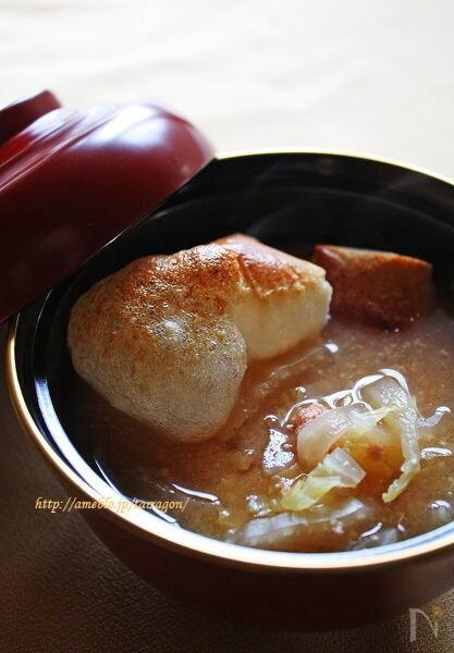 ぷちぷち明太子と白菜の味噌仕立て雑煮