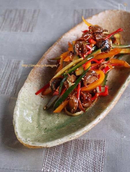 つぶ貝ととしゃきしゃき野菜のピリ辛和え